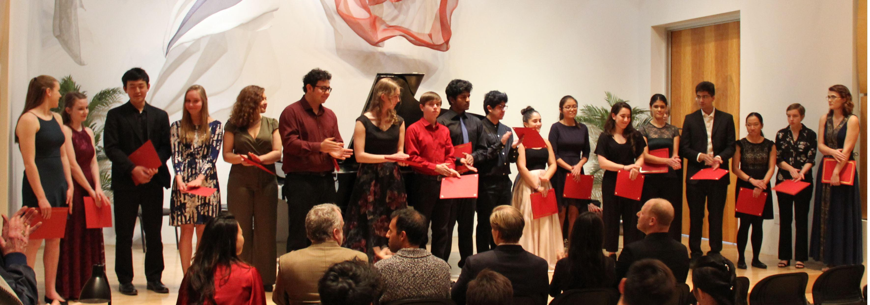 All contestants in the 2019 Competition: 5 piano students and 18 string students.